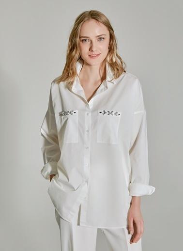 People By Fabrika Oversize İşlemeli Gömlek Beyaz